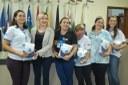 Prefeitura e Câmara entregam dezenas de kits de uniformes para profissionais de Amambai (100).JPG