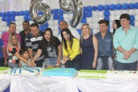 Vereadores participam do corte do bolo de aniversário de Amambai