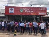 Vereadores prestigiam inauguração das novas instalações da Farmácia Droganossa