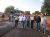 Vereadores visitam obras de asfalto e cobram qualidade no serviço para a população